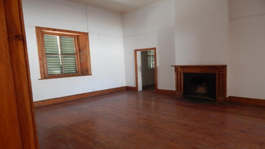 3 Bedrooms Bedrooms,1 BathroomBathrooms,Residential,1069